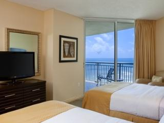 DOUBLETREE BY HILTON STUDIO 16 FLOOR - North Miami Beach vacation rentals