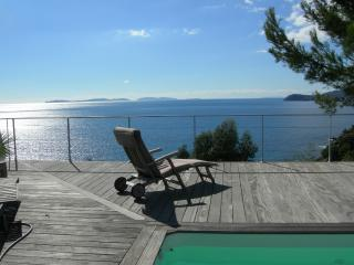 Vue Des Iles - Cavalaire-Sur-Mer vacation rentals