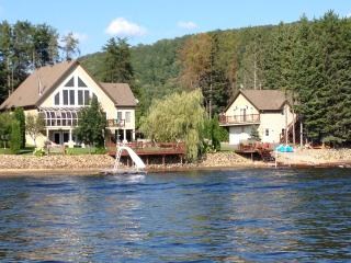 "WATER FRONT ""SANDY LAKE COTTAGE"" - Quebec vacation rentals"