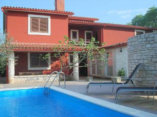 Apartment, Pula Krnica ~ RA30811 - Krnica vacation rentals