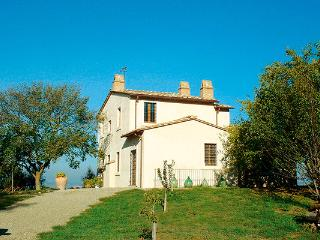 Restored 18th century casale with pool in southern Umbria. HII POL - Umbria vacation rentals