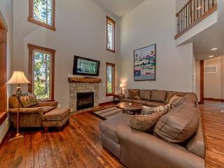 Luxury Vacation Home in Suncadia!  4 BR | Slps 11 |  Hot Tub! 3-for-2 Special - Ronald vacation rentals
