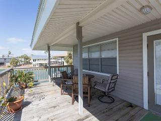 Prager Bay  right at home on the canal! - Galveston vacation rentals