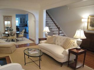 3-level, 3-bedroom, 3.5 bath Victorian in the heart of DC's Georgetown - Rosslyn vacation rentals
