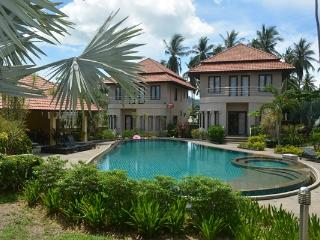 Villa with 3 bedrooms in beautiful area of Bangrak - Koh Samui vacation rentals