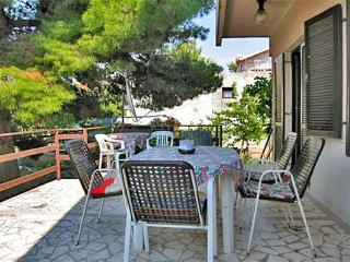 Apartment Neno for 8 - 80 m from the sea - Grebastica vacation rentals