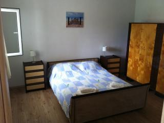 Nice 2 bedroom Kastel Stafilic Condo with A/C - Kastel Stafilic vacation rentals