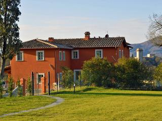 IDYLLIC LOACATION  - set in Private NATURAL PARK - Florence vacation rentals