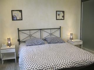 Nice Guest house with Internet Access and Central Heating - Brens vacation rentals