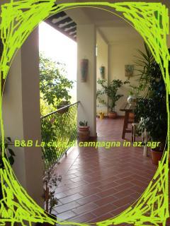 B&B Lacasadicampagna portico - B&B L acasadicampagna az. agricola - Todi - rentals