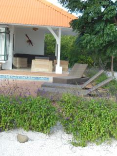 Gorgeous tropical Villa Dushi den Bientu - Willemstad vacation rentals