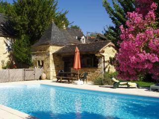 Gite La ferme de Charnaillas avec piscine - Aubas vacation rentals