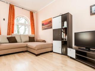Vacation Apartment in Cologne - modern furnishings, great location (# 525) - North Rhine-Westphalia vacation rentals
