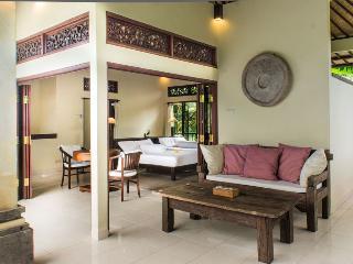 Payogan Homestay Upstair - Kedewatan vacation rentals