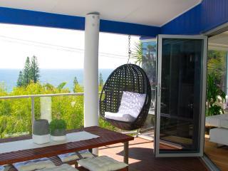 Wonderful 3 bedroom Sunshine Beach House with Deck - Sunshine Beach vacation rentals