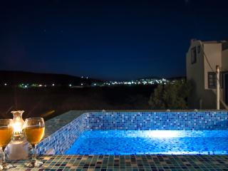 Nice 2 bedroom Apartment in Perivolos - Perivolos vacation rentals