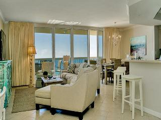 BEACHFRONT LUXURY FOR 10! OPEN 4/18-4/25 TAKE 30% OFF NOW!! - Destin vacation rentals