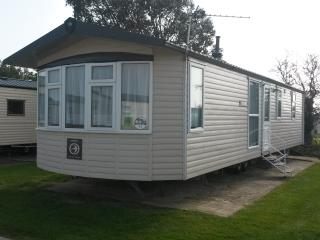 Church Farm Holiday Home Vendee - Pagham vacation rentals