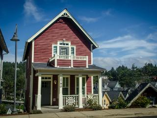 The C House ~ Ocean View - Lincoln City vacation rentals