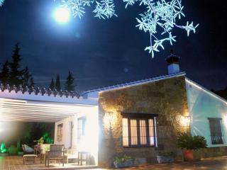 La villa serena - Alora vacation rentals