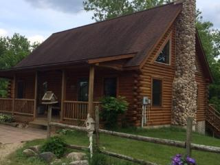 Vacation Riverside Log Home - private and seculded - Three Rivers vacation rentals