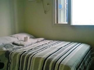 Affordable Studio Unit w/ Mall (43rd Flr) - Makati vacation rentals