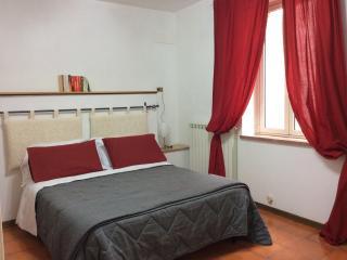 Appartamento Salita degli Orti - Assisi vacation rentals