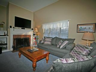 Fully equipped Family and Friends Vacation Condo - North Conway vacation rentals