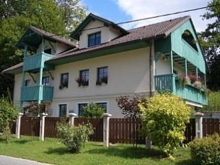 Nice Condo with Outdoor Dining Area and Microwave - Radovljica vacation rentals