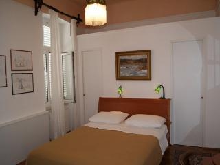 Bright 2 bedroom Apartment in Crikvenica with Internet Access - Crikvenica vacation rentals