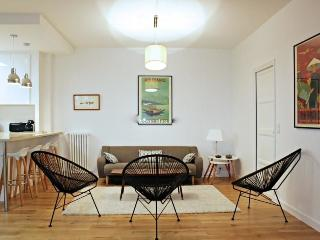 Beautiful furnished apartment Porte de Versailles - Issy-les-Moulineaux vacation rentals