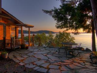 Sea Dream, Magic Cottage at water's edge, Orcas Island - Deer Harbor vacation rentals