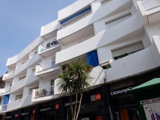 Apartment close to beach in village of Barcelona - Malgrat de Mar vacation rentals