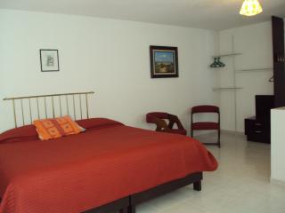 Room bed and breakfast near Puebla mexico downtown - Puebla vacation rentals