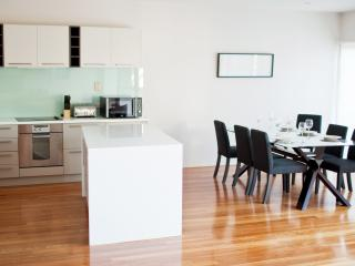 Convenient 3 bedroom Condo in Terrigal - Terrigal vacation rentals