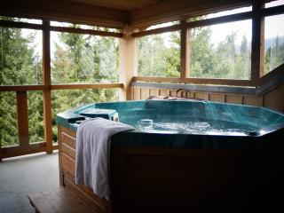 One Bedroom Townhouse with Private Hot Tub & WiFi - Whistler vacation rentals