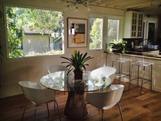 Nice House with Deck and Internet Access - Beverly Hills vacation rentals