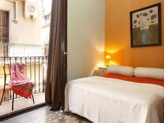 PICASO B, BORN AREA, 5mins walk to Ramblas&Beach! - Barcelona vacation rentals