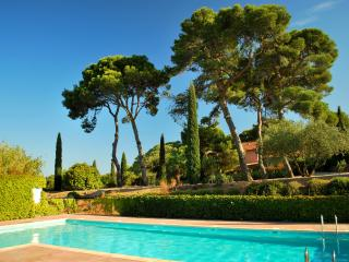 2 bedroom Villa with 2 bathroom & pool in the wine state residence - Agde vacation rentals