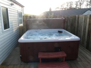 Low Glengyre Hot Tub Caravan - Luxury - Leswalt vacation rentals