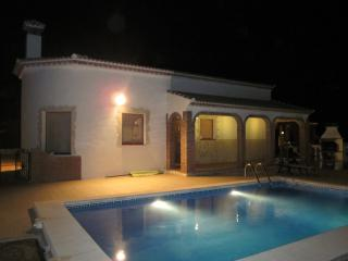 Stunning Mountain Views, Sleeps 6 at Casa Torreta. - Iznate vacation rentals