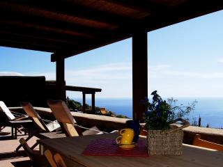 1 bedroom Cottage with A/C in Pantelleria - Pantelleria vacation rentals