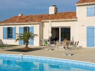 Cozy 3 bedroom Villa in Vendee - Vendee vacation rentals