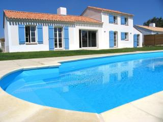Bright 4 bedroom Villa in Vendee - Vendee vacation rentals