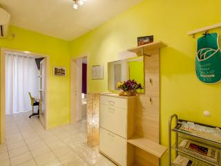 Comfortable 2 bedroom Apartment in Split with Internet Access - Split vacation rentals