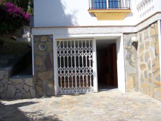 La Luna, luxe 4prs appartement, bagane grond - Benajarafe vacation rentals