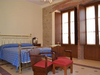 La Rosa di Paestum B+B La Bifora - Ogliastro Cilento vacation rentals