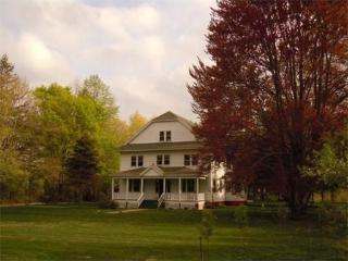 Beautiful Farmhouse Barn with Internet Access and Short Breaks Allowed - Belchertown vacation rentals