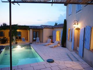 Nice House with Internet Access and A/C - Mallemort vacation rentals