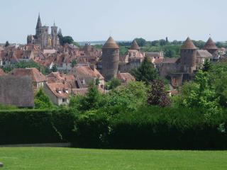Charming house in amazing medieval Burgundy city - Semur-en-Auxois vacation rentals